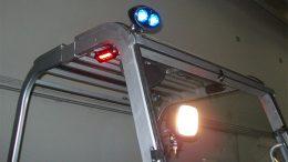 Nuovi sistemi di segnalazioni luminose: Blue and red light.